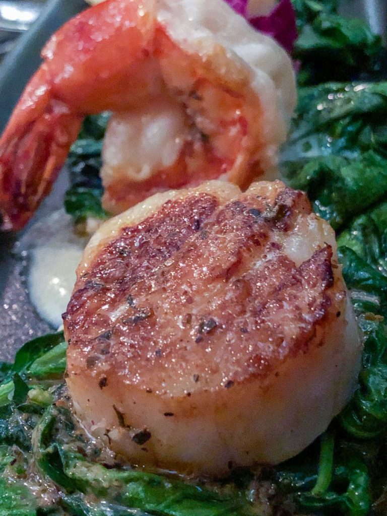 foodie experiences Tustin scallops and shrimp