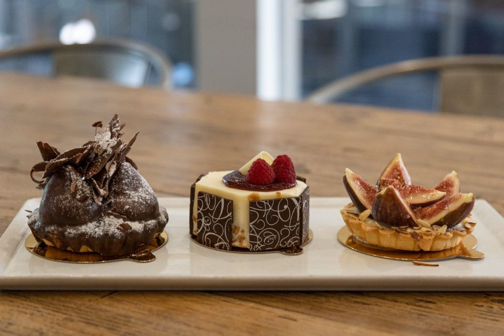 foodie experiences Tustin are at Zov's Bistro and Bakery